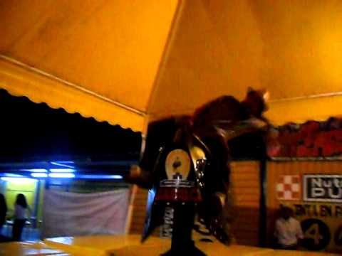 el baile compadre en el toro en huandacareo 2011