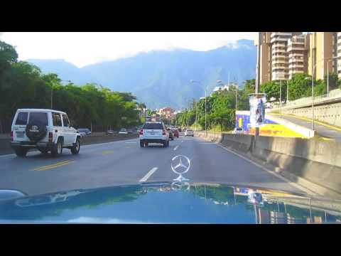 MB W108 1968 Sunday Cruising in Caracas Time-Lapse [HD 720p]