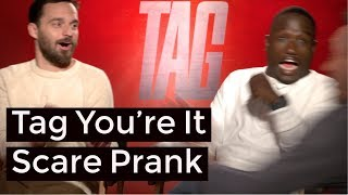 Ed Helms & Jon Hamm Scare Prank On Hannibal Buress & Jake Johnson