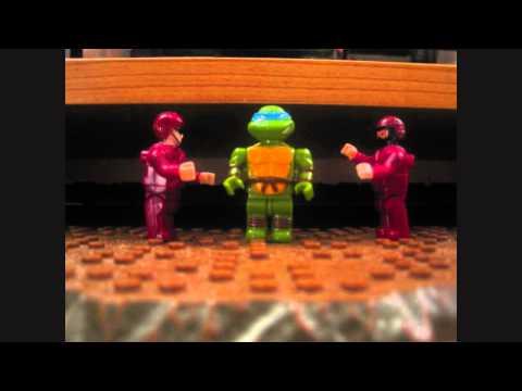 Teenage Mutant Ninja Turtle Theme in Lego :D