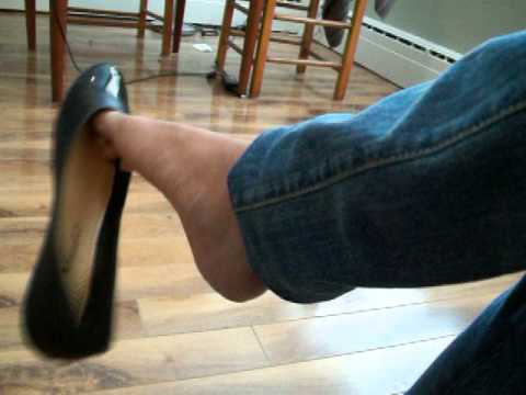 Crazy shoeplay with black flats