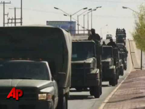 Raw Video: Troops Combat Mexican Drug Violence
