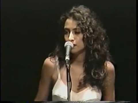 Marisa Monte&Raphael Rabello&Dori Caymmi - Heineken Concerts- RJ 1993