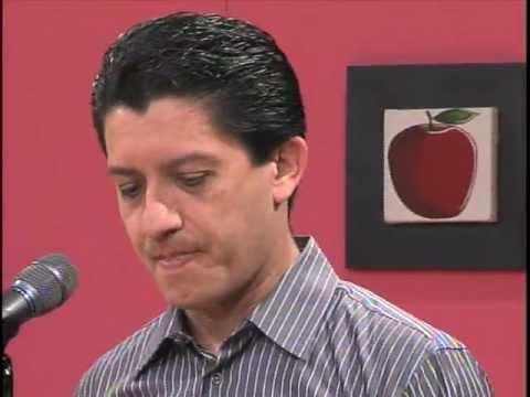 Rafael Cortés en el Programa Cada Día, TV Cuatro, Guanajuato. Poesía