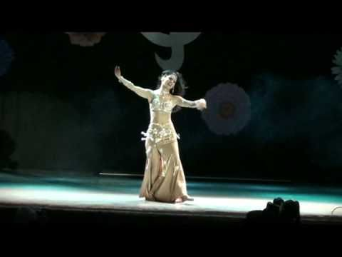 Belly Dance - Habibi Ya Aini By Amira Abdi video