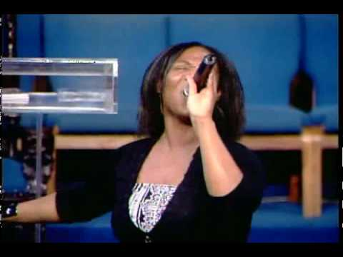Ella Williams singing Yes by shekinah glory Music Videos