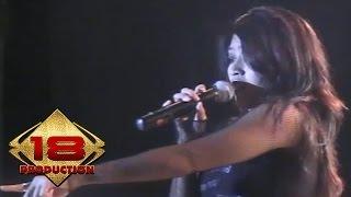 Utopia - Benci (Live Konser Safari Musik Indonesia - Amurang Manado 2006)