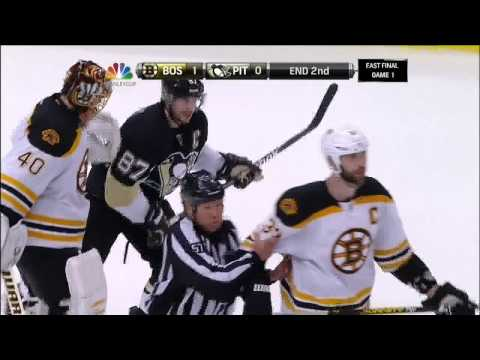Last 30 secs of 2nd, Malkin Bergeron fight June 1 2013 Boston Bruins vs Pittsburgh Penguins NHL
