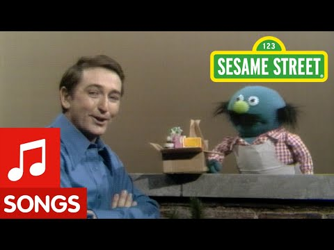 Sesame Street - Walking Down My Street