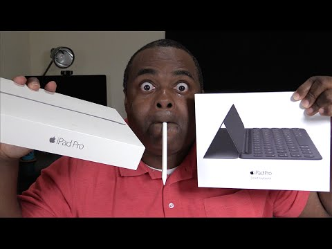 "iPAD PRO 9.7"" UNBOXING & ACCESSORIES! [Smart Keyboard & Apple Pencil]"