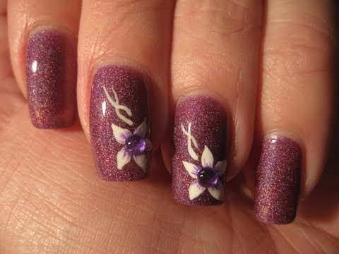 Nail art: Subtle flower w/ rhinestone ~~Beginner~~