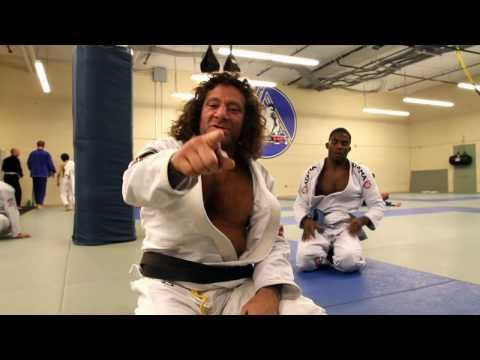 Kurt Osiander Move of the Week - Closed Guard Sweep Image 1