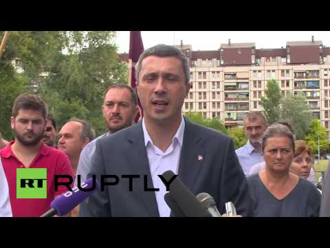 "Serbia: Nationalists accuse EU of making Serbia a ""migrant colony"""