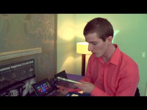 ASUS TX300 Transformer Book Tablet Windows 8 - Linus Tech Tips CES 2013