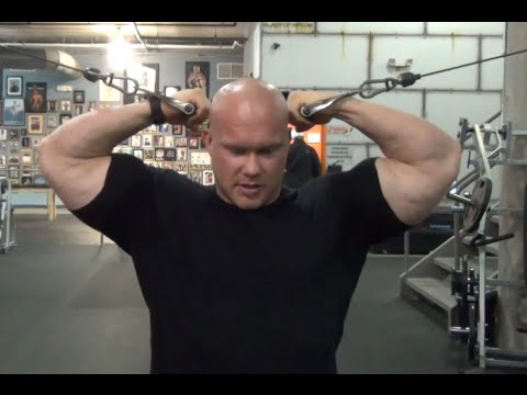 Ben Pakulski: Optimally Stimulating Your Biceps Through the Strength Curve