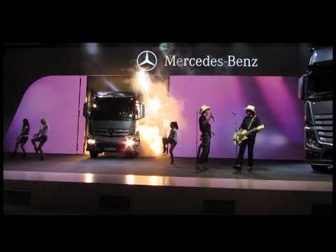 Mercedes Benz - IAA 2012 Hannover - BossHoss Show