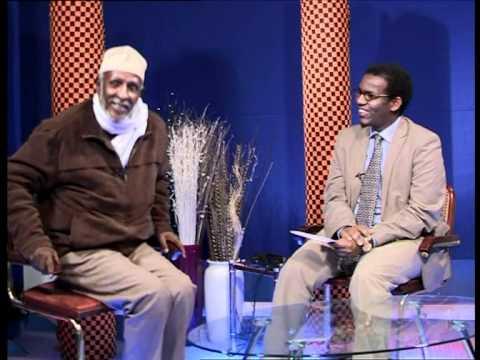 Abwaan Hadraawi iyo qisadii heesta HOOYO - Universal TV : Ridwaan