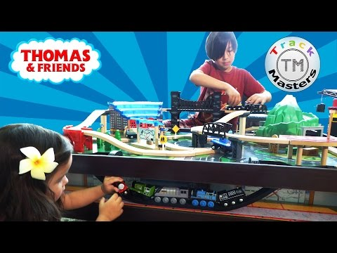 Thomas and Friends Imaginarium Metro Line Train Table Motorized Toy Trains for Kids Track Masters