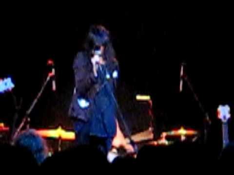The Dead Weather @ Bowery Ballroom, NYC 4/14/2009 --