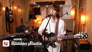 "Hannah Georgas - Indie88「Stiegl Hidden Studio Sessions」にて""Evelyn""など3曲を披露 13分の映像を公開 thm Music info Clip"