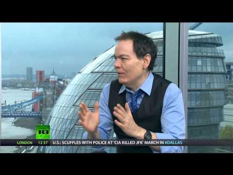 Keiser Report: Gold, Silver, Bitcoin FTW! (E527)