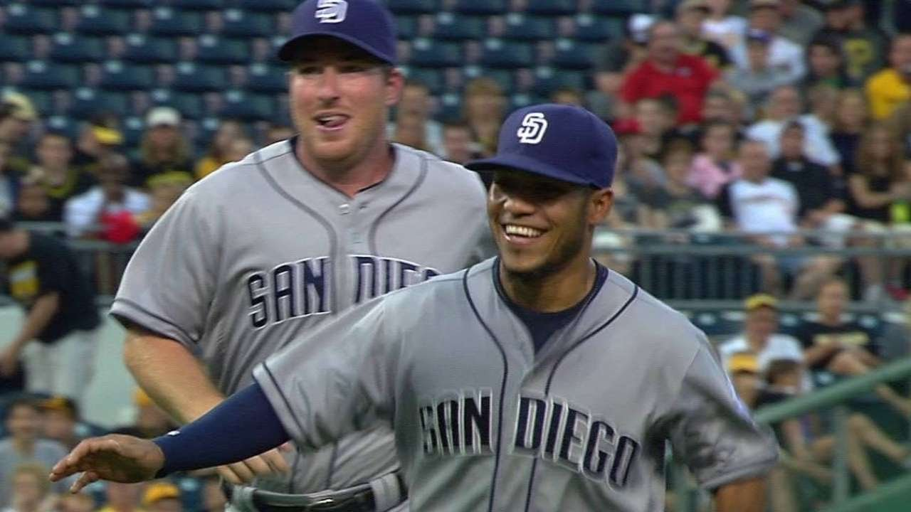 SD@PIT: Amarista starts inning-ending double play