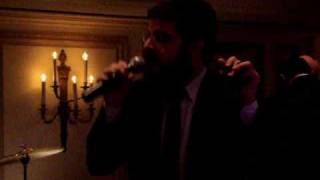 Benny Friedman singing Moshiach by Chicago (Kahn) Wedding