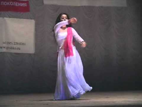 Chamma chamma bollywood indian dance Amina Garayeva