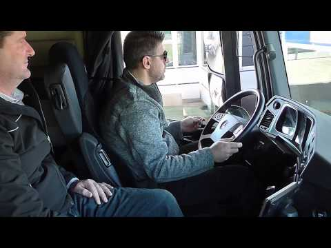 Mercedes-Benz Actros: driving & training