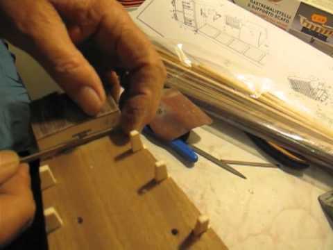 Video guida per costruire un modello di veliero specchio for Costruire case modello