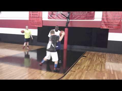 918-955-7160 | Holiday Basketball Camp At Score Basketball | Tulsa Basketball Camps
