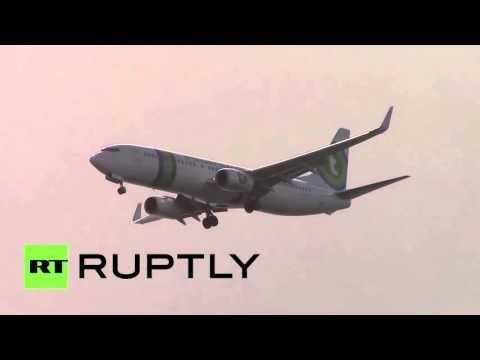 Экстремальная посадка: как самолеты приземляются в самом опасном аэропорту Европы