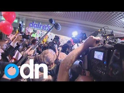 Ed Miliband heckled during visit to Edinburgh