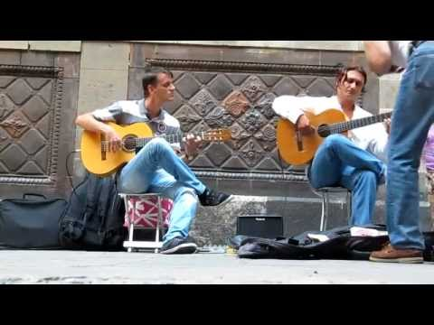 download lagu Incroyable Guitare Sèche Une Scène Dan gratis
