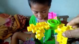 Thiếu nhi bé xếp đường tàu, ghép siêu nhân, đồ chơi xếp hình, đọc màu sắc