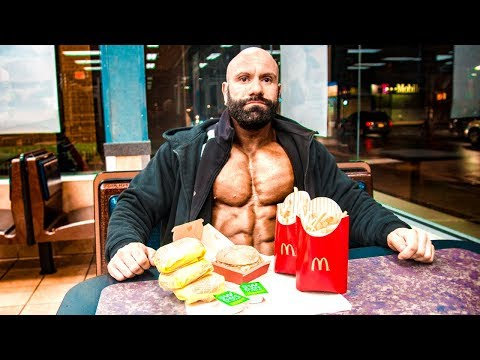 Steve beim McDonalds Cheat Day - Wieviel geht noch rein?