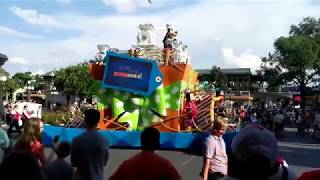 Move It! Shake It! Mousekedance it! Street Party Parade | Magic Kingdom WDW