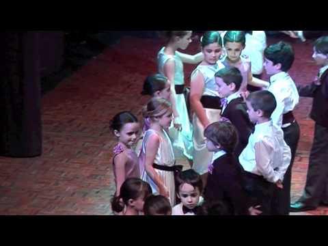 El Vals de las Mariposas - Colegio San Jose Pontevedra - Festival