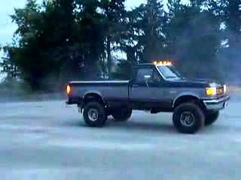 big truck burnout Video