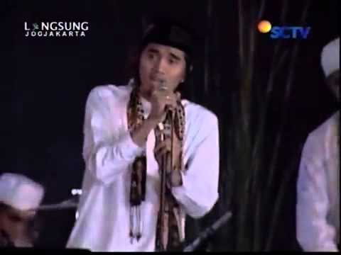 download lagu Sheila On 7   Sajadah Panjang Live @ Gem gratis