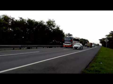 Telolet bus putra ganesa trans