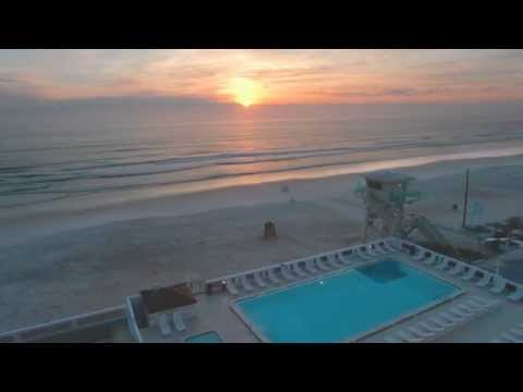 Casa Del Mar Beach Resort in Ormond Beach, FL