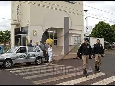 Caixa de banco é assaltado em frente à Educação Física da UFU