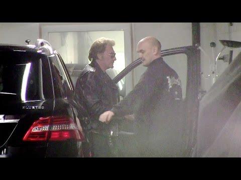 Johnny Hallyday snob ses fans à RTL radio