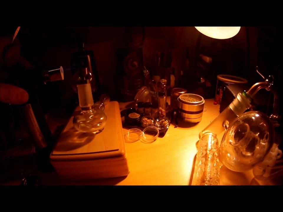 BHO oil & budder on vapor swing & globe - YouTube