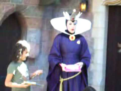 Disneyland Wicked Queen from Snow White Meet & Greet CLIP 6