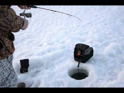 Lake winnipeg ice fishing walleye using a marcum lx 3 for Lake winnipeg ice fishing