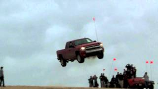 Extreme jump and crash, Chevrolet Silverado  - Silverlake
