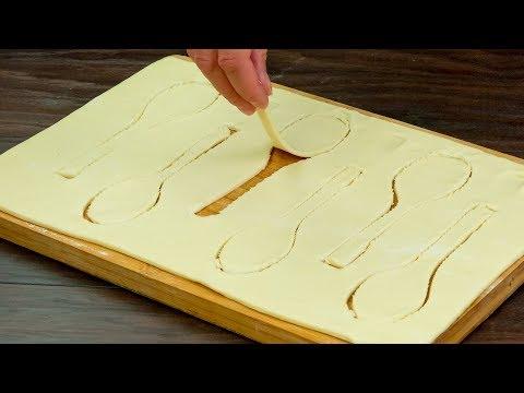 Всего-то дел, завернуть ложки в слоеное тесто и запечь их! Оригинальная подача икры.   Appetitno.TV