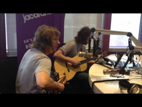 The Straits (formerly Dire Straits) perform Juliet LIVE and UNPLUGGED on MBD!